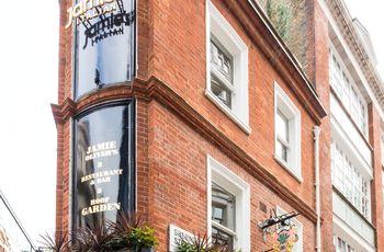 """Die von Jamie Oliver gegründete Kette """"Jamie's Italian"""" konzentriert sich auf rustikale italienische Speisen. Hier: Eine Filiale in London."""